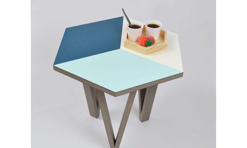 table-basse-hexagone-made-in-france-Un-Coq-Dans-Le-Transat